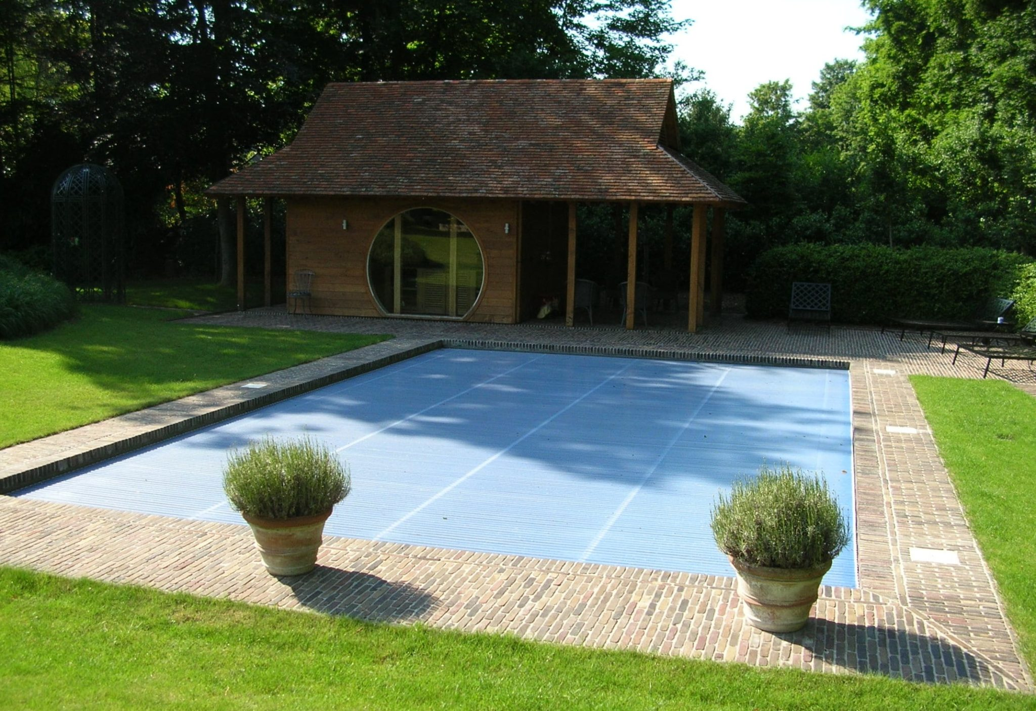 Gallery of with photos pool house piscine for Top garage aix